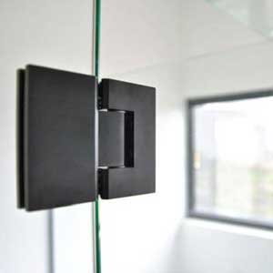 Famous Frameless - Melbourne Experts in Glass Splashbacks
